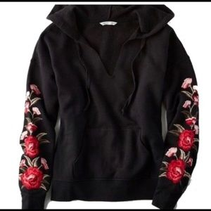 American Eagle Embroidered Rose Floral Hoodie L